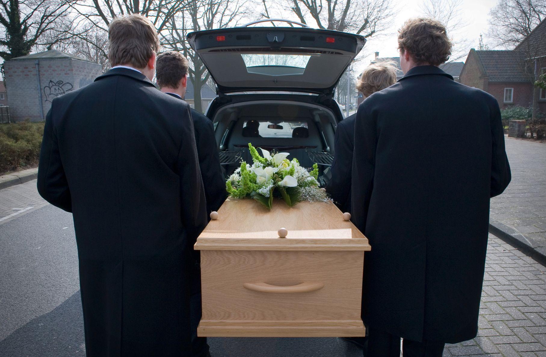 comment planifier funerailles deces